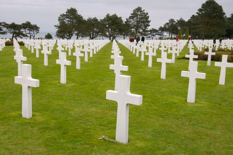 Omaha Beach Memorial & Cemetery
